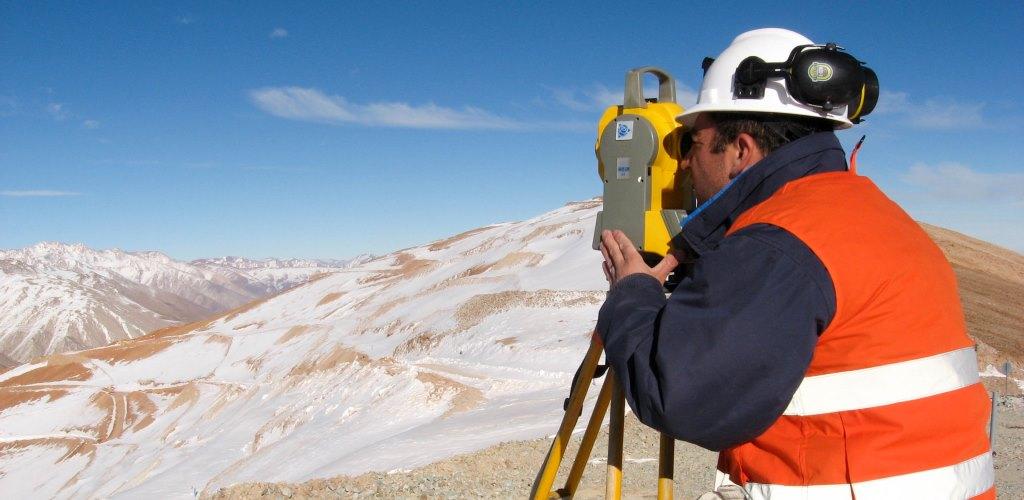 Nosotros Servicios a la Minería